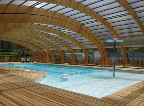 piscine couverte sancy auvergne camping